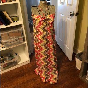 Halter dress size large the brand is elan